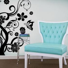 Papillons et arbre décoratif de vinyle