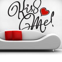 Mur décoratif vinyl Kiss Me