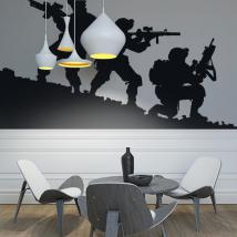 Panneaux luminescents divisant fluowall silhouettes militaires
