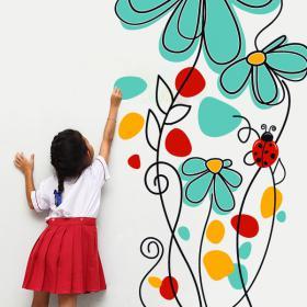 Coccinelles et fleurs décoratives de vinyle