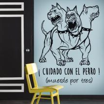 Adhésif décoratif vinyl, Méfiez-vous du chien