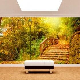 Pont mur murales et arbres automne