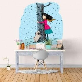 Vinyle embrasse un arbre