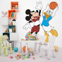 Vinyle mickey mouse et donald duck basketball