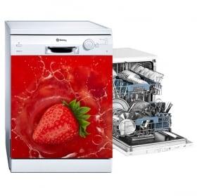 Vinyle fraise dans l'eau pour décorer le lave-vaisselle