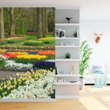 Murales de vinyle jardin avec des fleurs et des tulipes