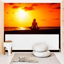 Murales de vinyle yoga coucher de soleil sur la plage