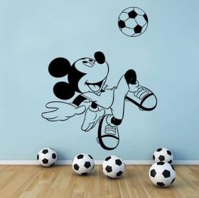Vinyls disney mickey mouse avec ballon de foot