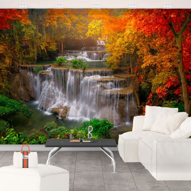 Papiers peints avec des cascades et des arbres en automne