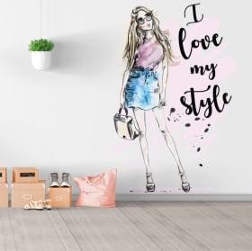 Vinyles et autocollants silhouette de femme avec phrase j'aime mon style