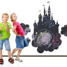 Vinyles tableau noir château avec divers nuages